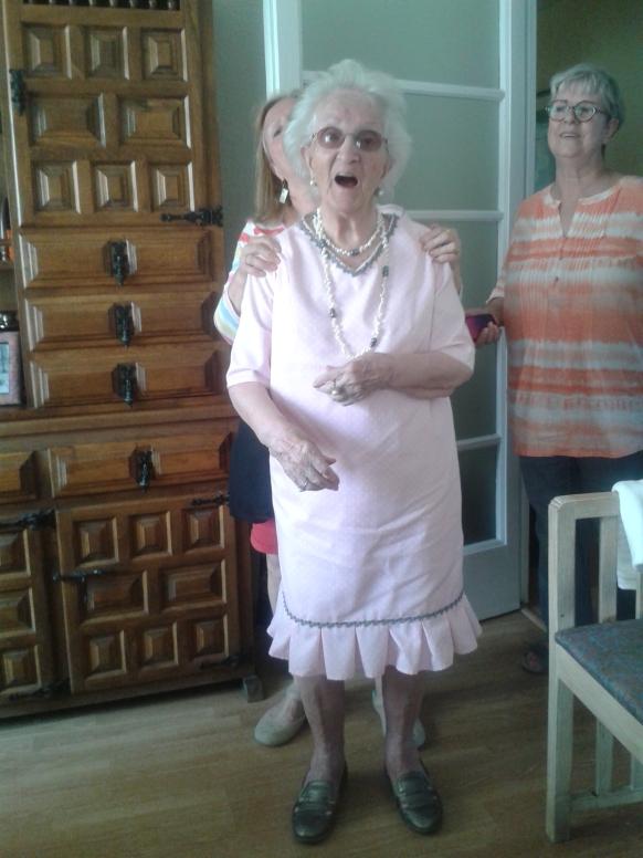 cl ag14 abuela 1