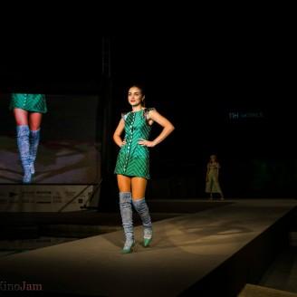 look verde pasarela